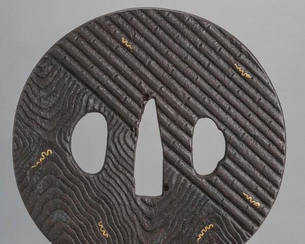 Tsuba wood-grain 1.jpg