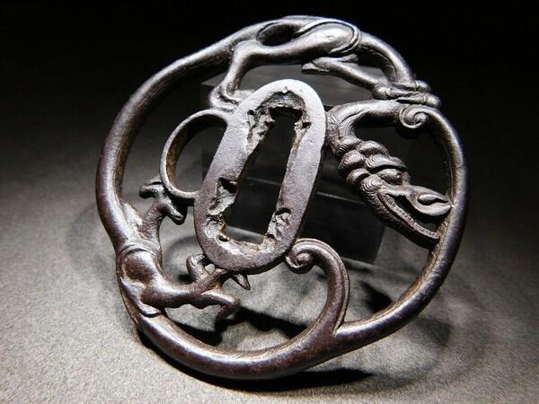dragon tsuba 05.jpg