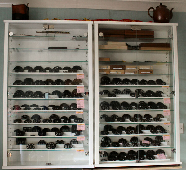 1 Cabinet.JPG